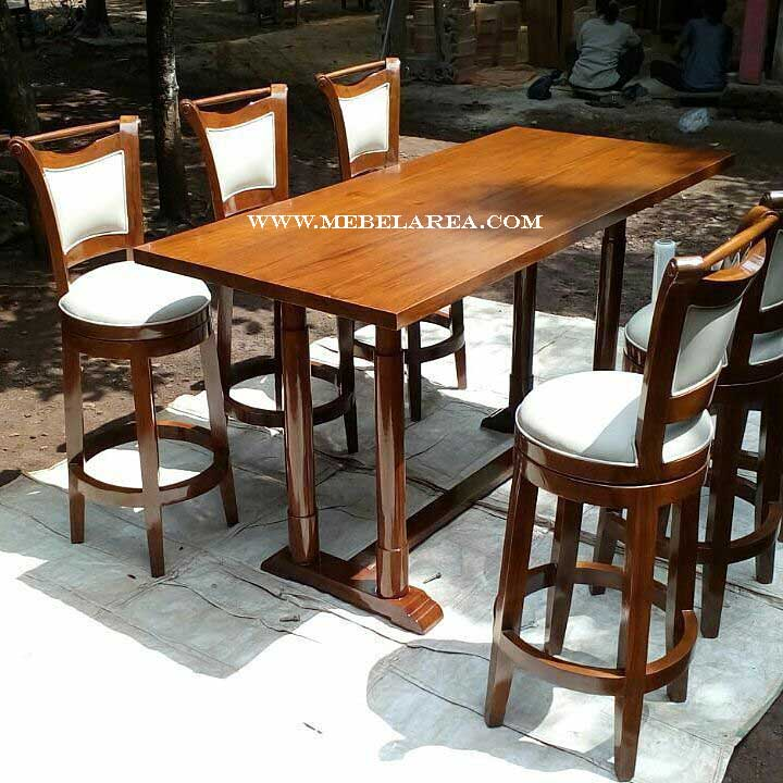 set kursi bar, set meja bar, meja kursi bar kayu, kursi meja bar klasik, set kursi bar modern