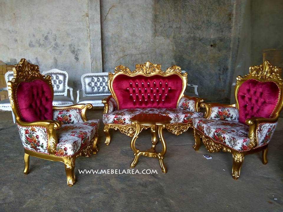 SET SOFA TAMU MEWAH UKIR MODEL ITALY