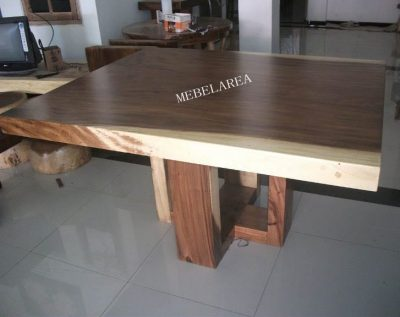 FURNITURE MEJA TREMBESI