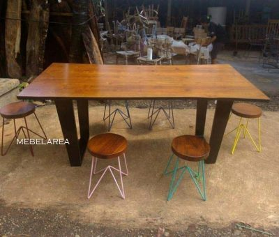 Set Meja Bar Trembesi