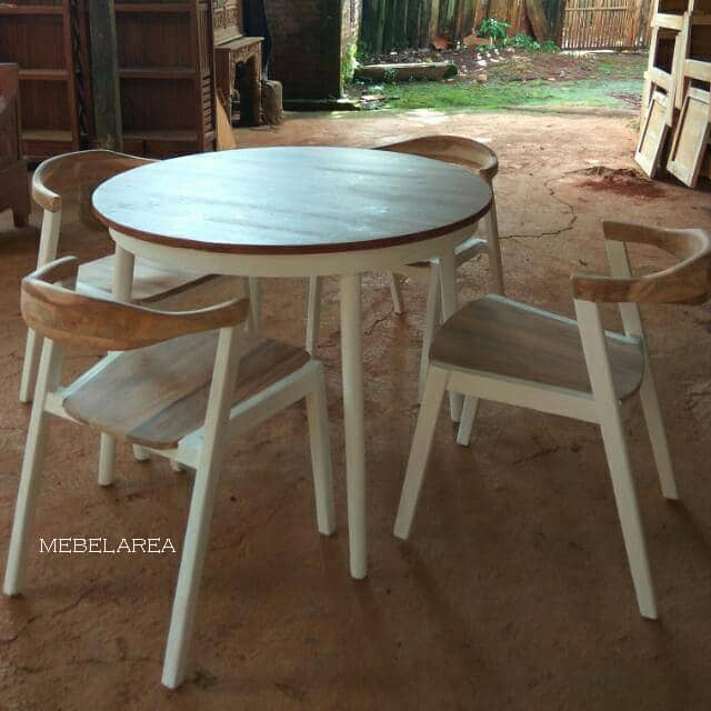 Set Meja Kafe Bundar Model Vintage