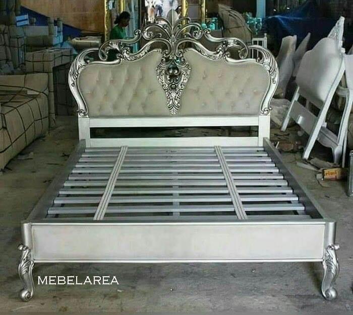 Tempat Tidur Mewah Ukiran Silver Luxury