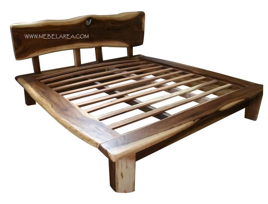 tempat tidur antik, dipan antik, furniture antik, dipan natural wood