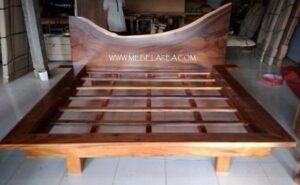 Tempat Tidur Solid Wood