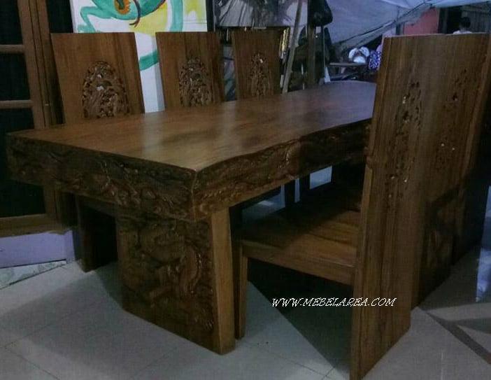 meja kayu meh ukiran naga
