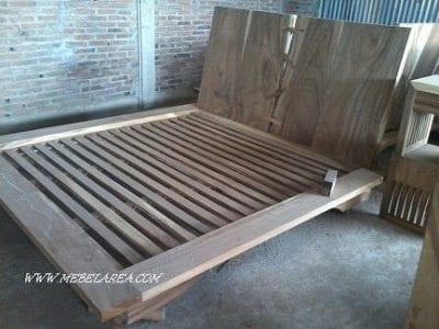 dipan minimalis kayu natural antiq