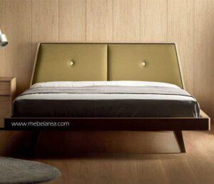 Tempat Tidur Retro