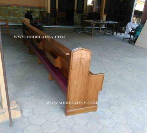 kursi gereja minimalis