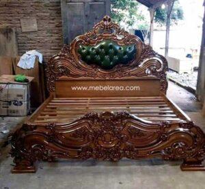 Tempat Tidur Luxury Italian