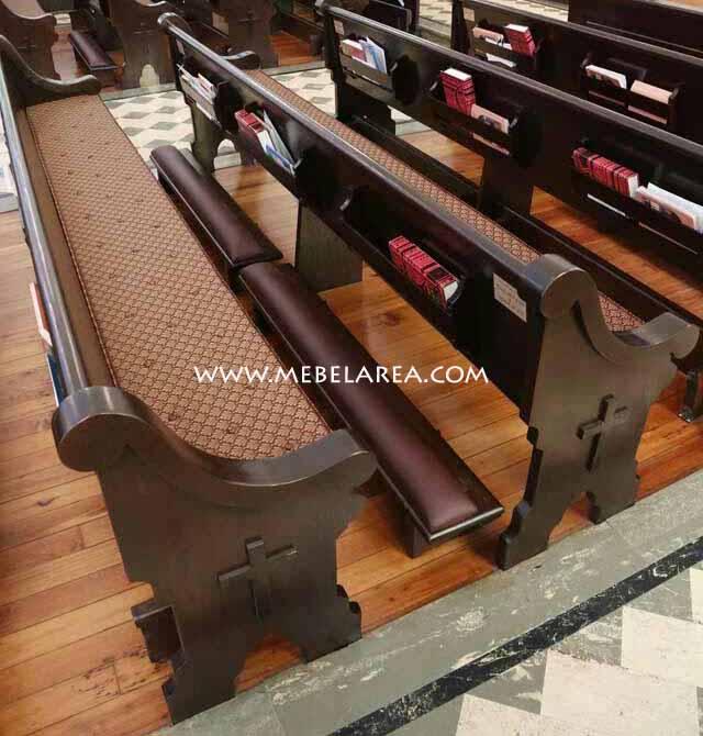 Model bangku gereja eropa mewah bahan kayu jati kualitas bagus rapih