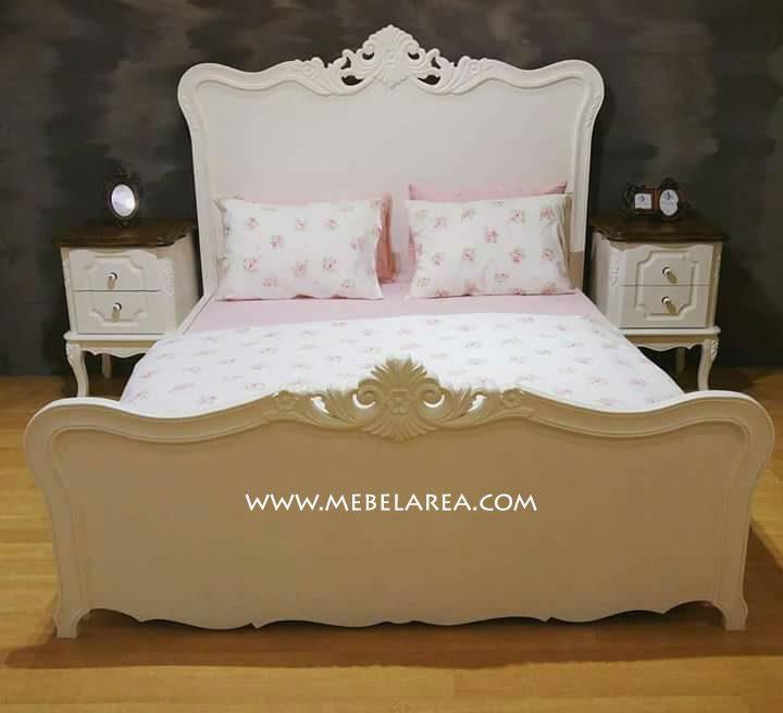 Jual Tempat Tidur Duco Putih 2 Nakas Kayu Mahoni
