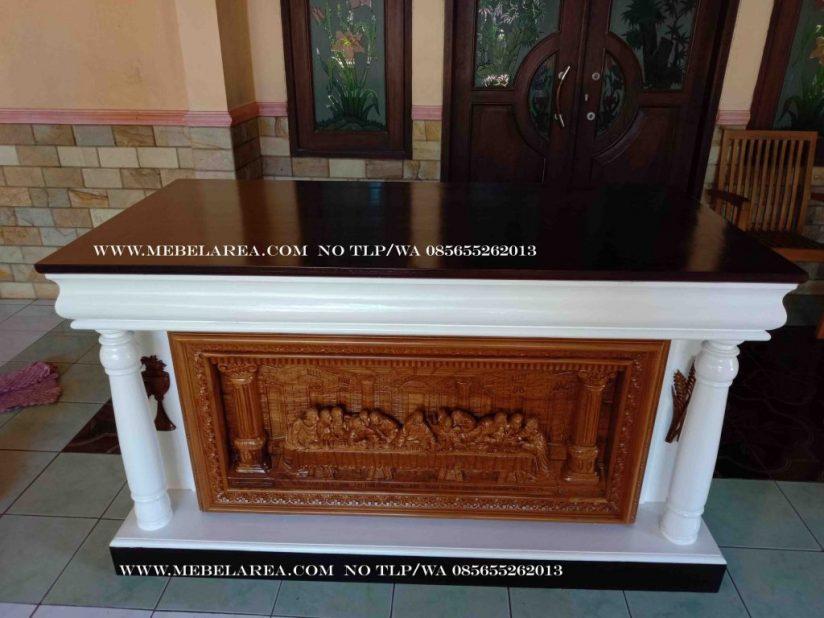 Meja Altar Relif Perjamuan Kudus