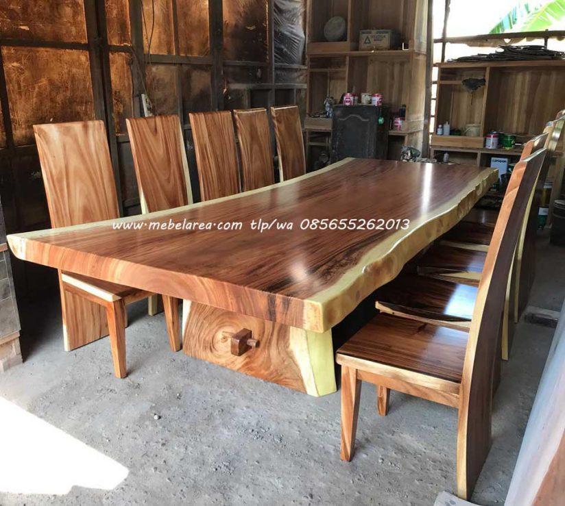 Set meja makan trembesi besar panjang 3 meter