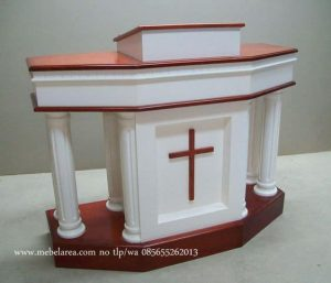 Mimbar Gereja Duco