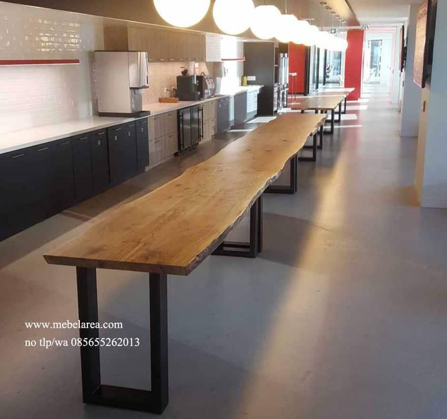Furniture meja cafe kayu panjang kaki besi holo